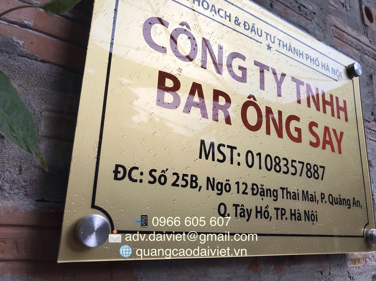 lam-bien-cong-ty-quan-bar