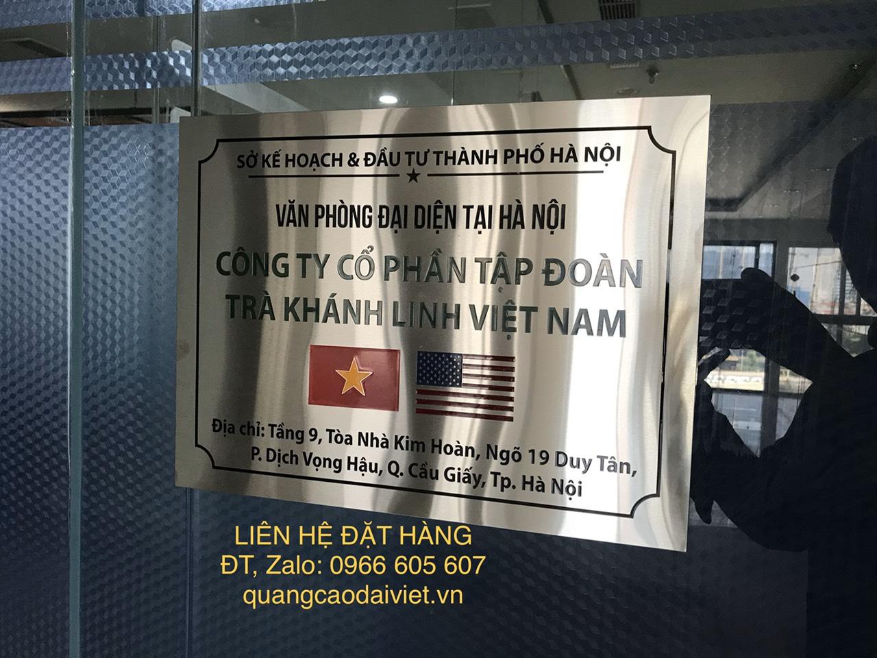 bien-inox-van-phong-dai-dien